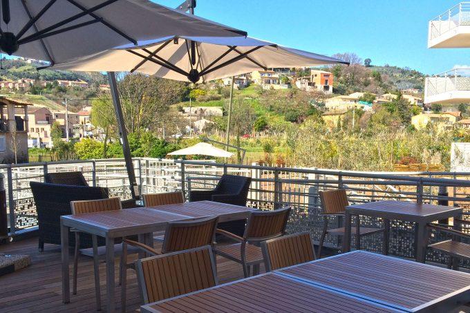 Terrasse de la résidence avec services COGEDIM Club Fleur d'Azur